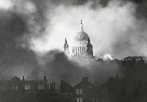 ST Pauls, London during Blitz